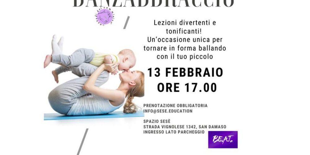 Danzabbraccio – Mamme e bambini in fascia o supporto per portare